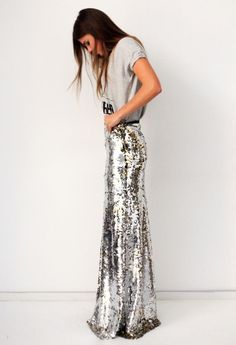 simple gray casual top and delicious long sequined skirt = chic summer look