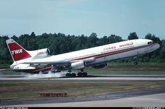 TWA Lockheed L-1011-385-1-15 TriStar 100 smokey landing
