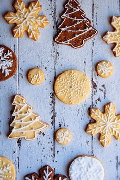 Christmas Gingerbread and Sugar Cookies (Hint of Vanilla)