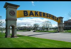 Bakersfield Arch - Bakersfield, CA. Passed through many, many times.