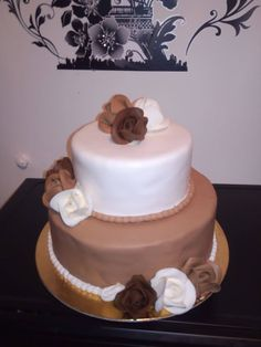 Tort si prajituri Andrea : Tort mousse imbracat in martipan