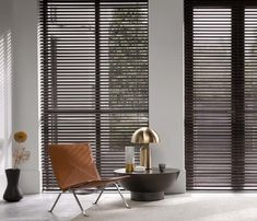 2019 Window Treatment Trends Considering windows form a central part of your home and office design and can frame your view outside or enhance your Types Of Curtains, Blinds, Interior Design, Interior Windows, Living Room Interior, Curtains With Blinds, Indoor Shutters, Venetian Blinds, Window Treatments