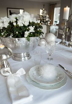 Christmas winter white table setting.