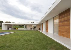 Modern Architecture House, Modern House Design, Architecture Design, House Cladding, Facade House, Bungalow, Modern Architects, Container House Design, Home Room Design