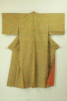 Rikyu brown gradation tsumugi komon / 利休茶系グラデ地 織り柄の紬小紋   #Kimono #Japan http://global.rakuten.com/en/store/aiyama/