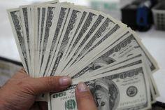 Sus clientes de Federico Gonz no tiene dinero así que el baja el costo.