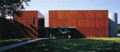 Le Fonds régional d'art contemporain (Frac) des Pays-de-Loire.