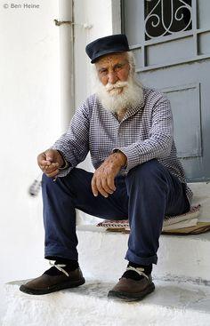 sitting on one's doorstep
