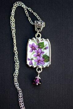 Broken China Jewelry Pendant Necklace by Robinsnestcreation1:
