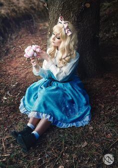 Alice in Wonderland photoshoot ©Kristina Najah - Saija Sasetar Frillycakes