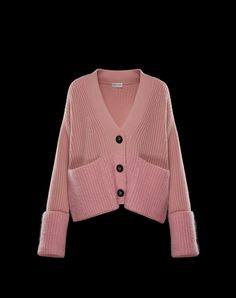 Discover CARDIGAN in Cardigan for Women: find out the product features and shop directly from the Moncler official Online Store. Fashion Mode, New York Fashion, Korean Fashion, Fashion Trends, Knitwear Fashion, Knit Fashion, Summer Knitting, Knitted Coat, Knitting Designs