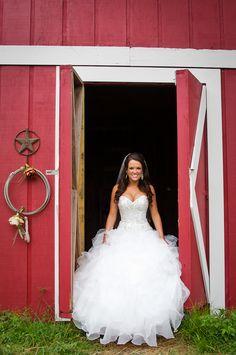 love the red barn idea for photographs