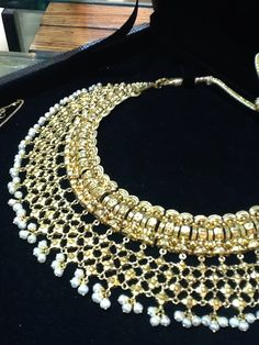 Absolutely stunning gold set! Exclusively available at CBSN Talwar jewellers, New Delhi-India. For queries, Contact: info@talwarjewellers.in | call: +91 11-45012629 | Whatsapp/Wechat/Line: +91 9811009833