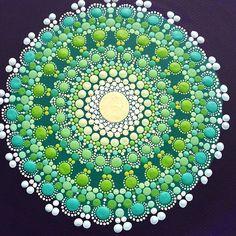 Shades of green))) Оттенки зелёного #etsysuccess #mandala #annasmirnova #art #точечнаятехника