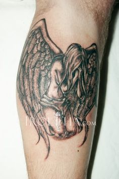 Weepign Angel Tattoo Design