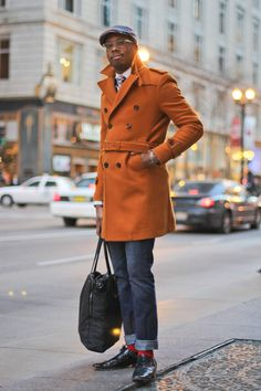 The latest men's street style photographs and trends for Our photographers snap the best-dressed real men from across the globe. Hipster Grunge, Grunge Goth, Sharp Dressed Man, Well Dressed Men, Street Style Vintage, Over The Top, Looks Dark, Estilo Real, Mens Attire