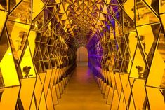 """""""One-way colour tunnel"""", by Olafur Eliasson. At the Dallas Museum of Art exhibition """"Take Your Time: Olafur Eliasson"""" Mirror Maze, Studio Olafur Eliasson, Dallas Museums, Inspiration Artistique, Art Optical, Light Installation, Art Installations, Mellow Yellow, Light Art"""