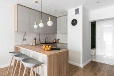Fantastičan dom tročlane obitelji - Jutarnji List Small Apartment Design, Studio Apartment, Small Apartments, Kitchen Dining, Dining Room, Modern Interior, Interior Design, Scandinavian Home, Minimalist Design