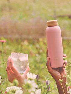 Warms your heart and cools your drinks: Our heavenly LOVE Steel Bottle made of double-walled  stainless steel keeps your waterdrops ice cold for up to 24h or warm for up to 12h. Old Flame, Water Drops, Pomegranate, Heavenly, Water Bottle, Ice, Stainless Steel, Cold, Warm