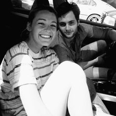 cutest picture - #blake #lively (svdw) & #penn #badgley (dh) #gossip girl