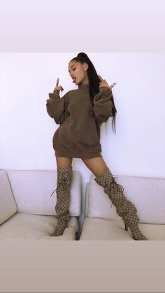 Wait, Did Ariana Grande and Pete Davidson Just Move in Together? Ariana Grande Fotos, Ariana Grande Outfits, Ariana Grande Cute, Ariana Grande Photoshoot, Ariana Grande Pictures, Ariana Grande Bikini, Looks Chic, Looks Style, Ariana Grande Wallpaper