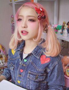 kawaii cute girl blush dyed hair pink blonde fairy kei harajuku japan japanese asian fashion