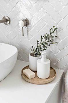 Bad Inspiration, Bathroom Inspiration, Bathroom Inspo, Bathroom Ideas, Bathroom Styling, Modern Bathroom Decor, Shower Ideas, 1920s Bathroom, Indian Bathroom