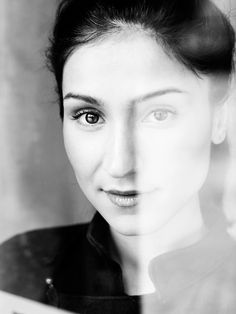 Laleh is a wonderful Swedish singer that has a free sole and such a playful voice and way of singing.