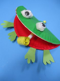 "Try this goofy, first grade phonics craft that focuses on the letter ""F"" as in ""Frog"" and helps build crucial reading and spelling skills in your first grader."
