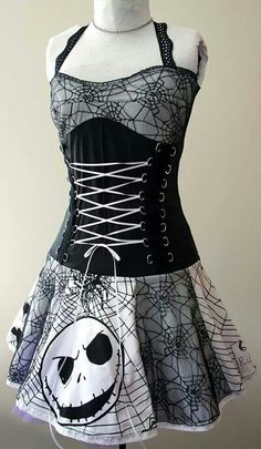 Jack Skellington dress Nightmare Before Christmas, Robes Disney, Looks Style, My Style, Goth Style, Jack The Pumpkin King, Grunge Goth, Emo Goth, Punk Outfits