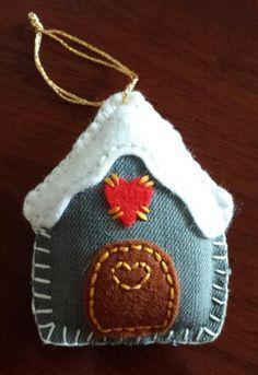 Denim & Felt Gingerbread House, Christmas Decoration, I like the nice simple shape, definitely would do this.