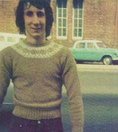 pete looking awkward in a sweater