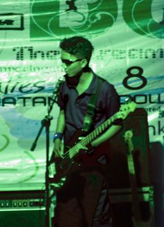 Im a guitaris..he