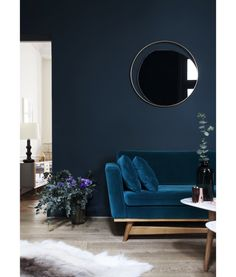 Blue velvet sofa | Living room inspiration |