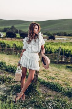 Chic Summer Outfits: 21 Of The Best Summer Outfits To Copy Right Now! Dress For Summer, Summer Dresses, Chic Summer Outfits, Cute Outfits, Summer Ootd, Wine Tasting Outfit, Viva Luxury, Estilo Blogger, Blogger Style