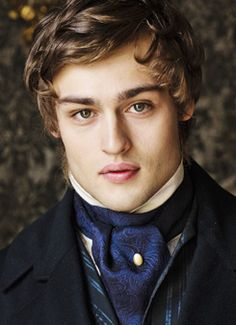 Douglas Booth: Love the Lips!