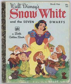 Snow White and the Seven Dwarfs / Walt Disney by BooksPaperAndMore