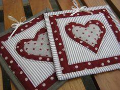 Mug Rug Free Sewing Pattern | Mug Rugs