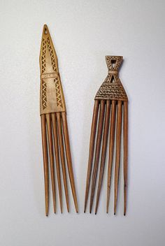 Africa   Hair pins/combs from the Afar people----Look so much like Afro picks used on an Afro in the 60's & 70's!
