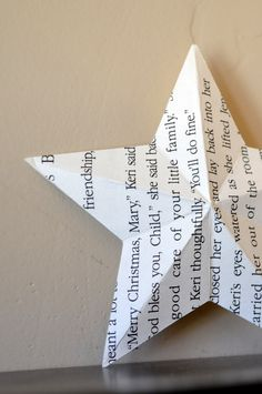 DIY: 3D paper star... Love the idea with nursery rhymes and hang on ceiling or put on book shelf for decor!!