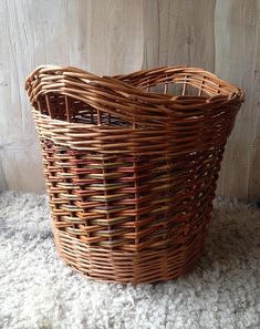 Strong, long lasting, handmade log baskets in varying sizes Diameter - S18 M20 L22 (approx) Height - S 15 M 18 L 22 (approx) S £55 M £70 L £85 Do let us know any specific requirements you have and allow extra time for making. Colours and appearance will vary from basket to