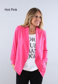 This is the perfect blazer to add to your wardrobe. We love the detailed ruched sleeves and the fun spring colors! Pair with your favorite statement tee or tank.Sizing: Small 0-4Medium 6-8Large 10-12XLarge 14-16Model is wearing a small.