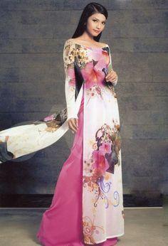 Dai Bridesmaid to dai bridesmaid Vietnamese Traditional Dress, Vietnamese Dress, Traditional Dresses, Dress Outfits, Fashion Dresses, Dress Up, Ao Dai, Oriental Dress, Frack