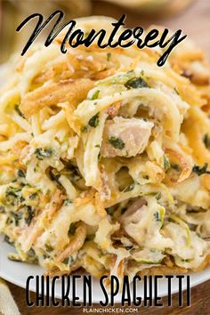 Monterey Chicken Spaghetti Casserole - my whole family went crazy over this easy chicken casserole! Even our super pick Chicken Spaghetti Casserole, Chicken Spaghetti Recipes, Pasta Recipes, Chicken Recipes, Cooking Recipes, Casserole Recipes, Hamburger Casserole, Kraft Recipes, Chicken Cassarole