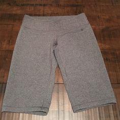 Lululemon Shorts Sz 4 Tall- GREAT CONDITION lululemon athletica Shorts