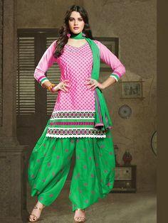 Few Recent Trends of Punjabi Fashion Adorned By Women |