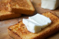 The best keto bread recipe through rigorous trial and error. This bread can be used as your go to keto sandwich bread! Ketogenic Recipes, Low Carb Recipes, Cooking Recipes, Ketogenic Diet, Dukan Diet, Atkins, Keto Friendly Bread, Pain Keto, Best Keto Bread