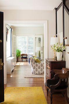 Lauren Liess Traditional Interior, Modern Interior, Living Room Designs, Living Spaces, Living Rooms, Entry Nook, Lauren Liess, Modern Entry, Salon Interior Design