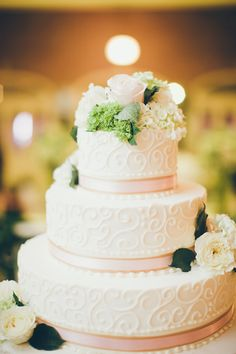 Pink and White Wedding Cake1