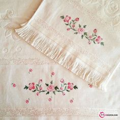 1 million+ Stunning Free Images to Use Anywhere Embroidery Flowers Pattern, Ribbon Embroidery, Flower Patterns, Cross Stitch Embroidery, Cross Stitch Patterns, Free To Use Images, Bargello, Needle And Thread, Needlework